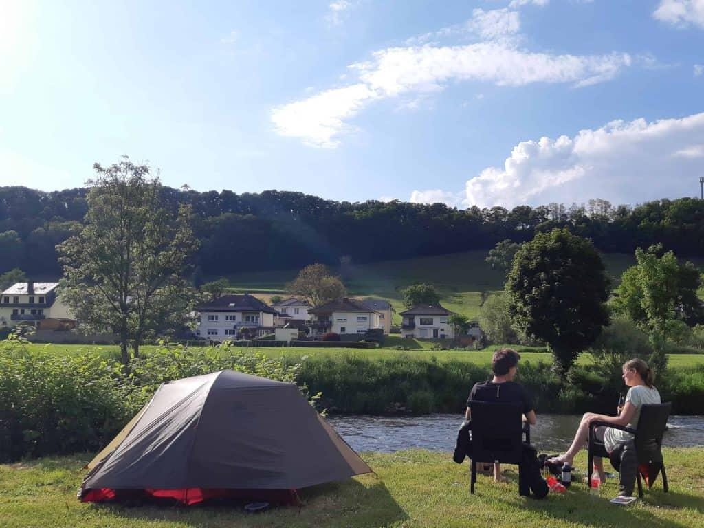 plek aan het water camping de la sure